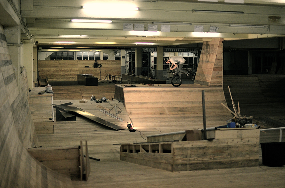 Backyard Skatepark Ideas : coolest backyard skatepark ? Design and Ideas