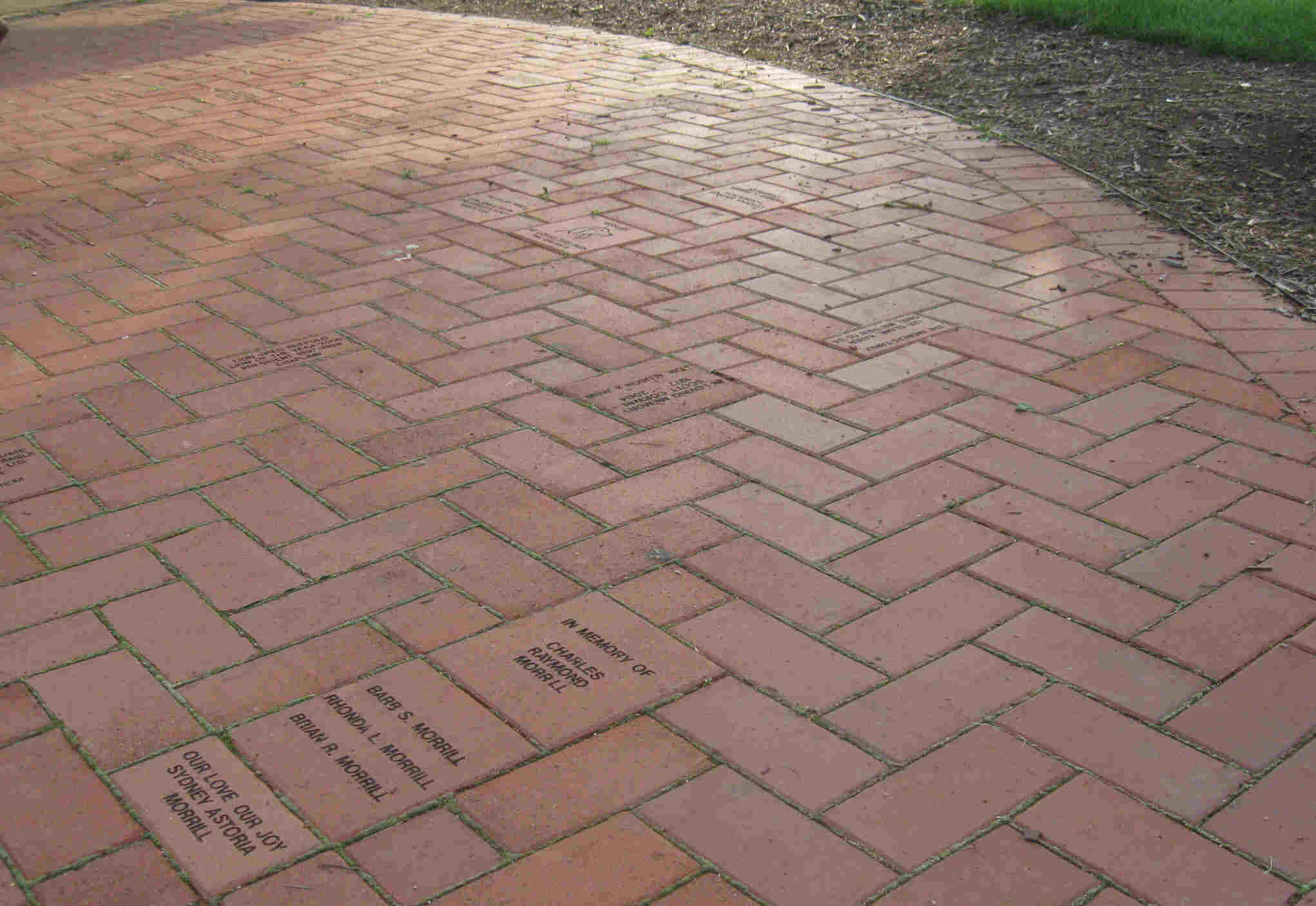 Brick patio patterns beginners design and ideas for Brick designs