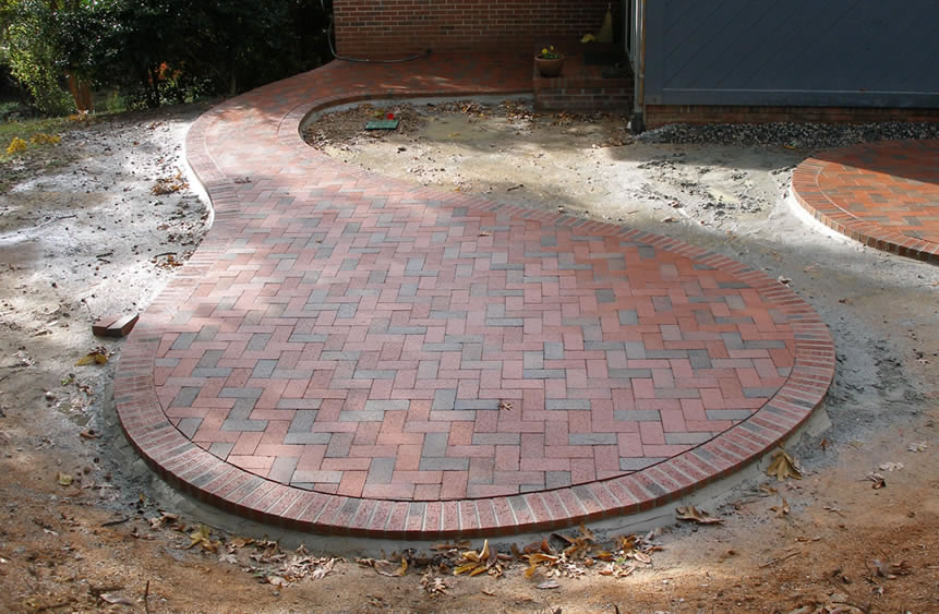 Brick Patio Circle Pattern Design And Ideas