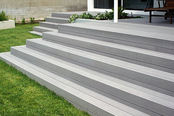 building deck stairs composite
