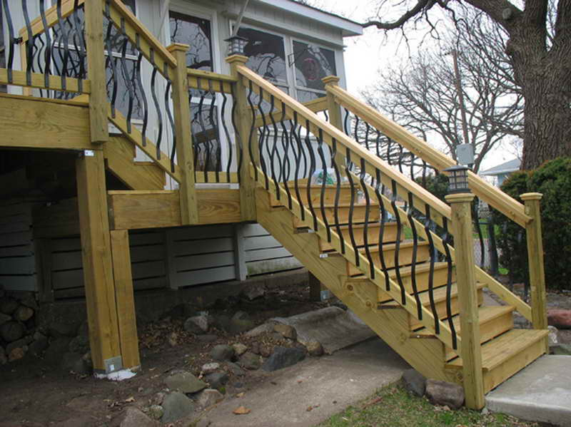 building deck stairs handrail