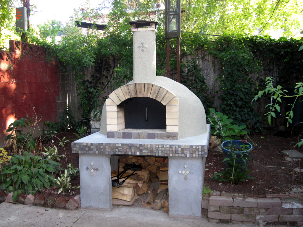 building pizza oven at home