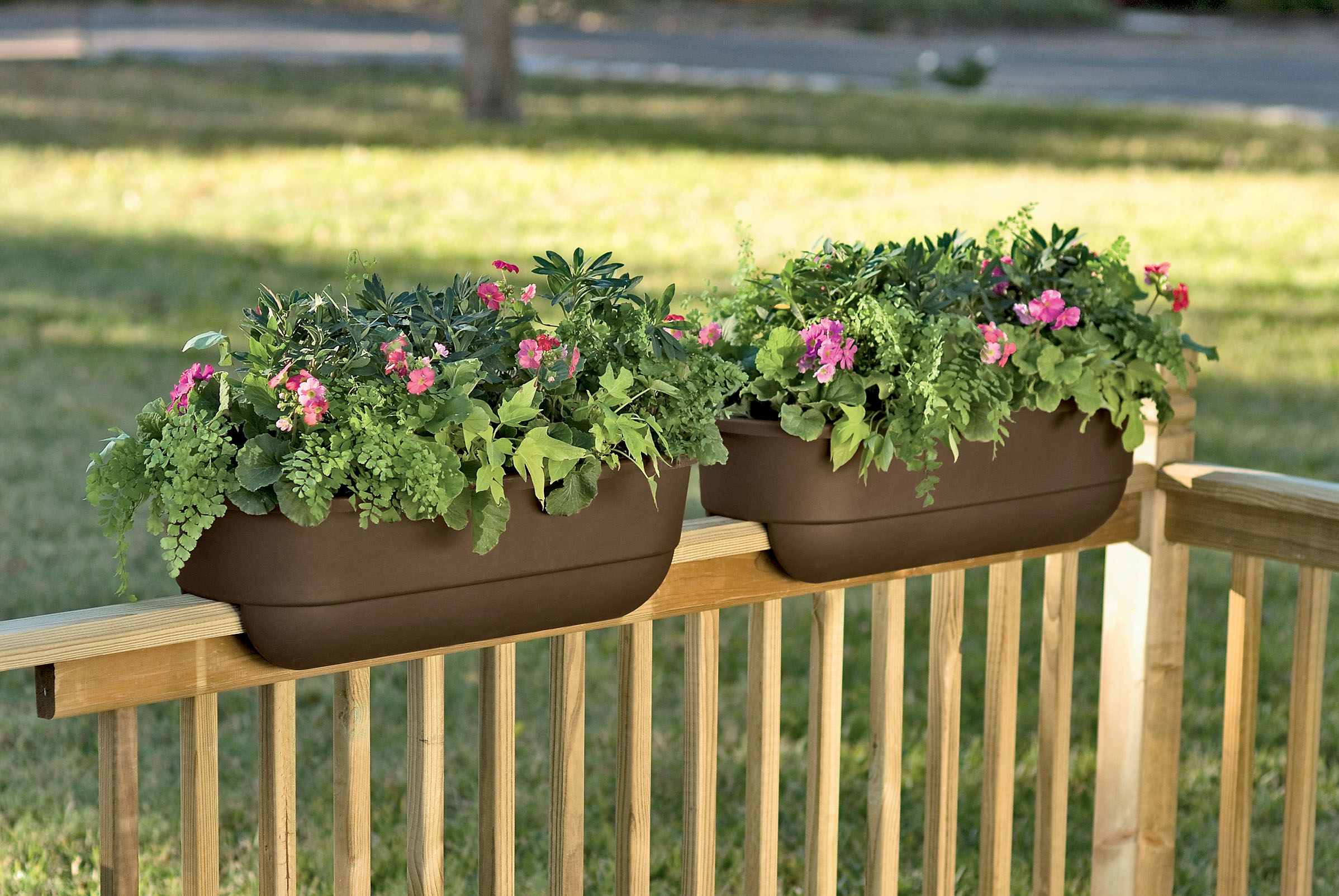 deck rail planters uk  photo - 1