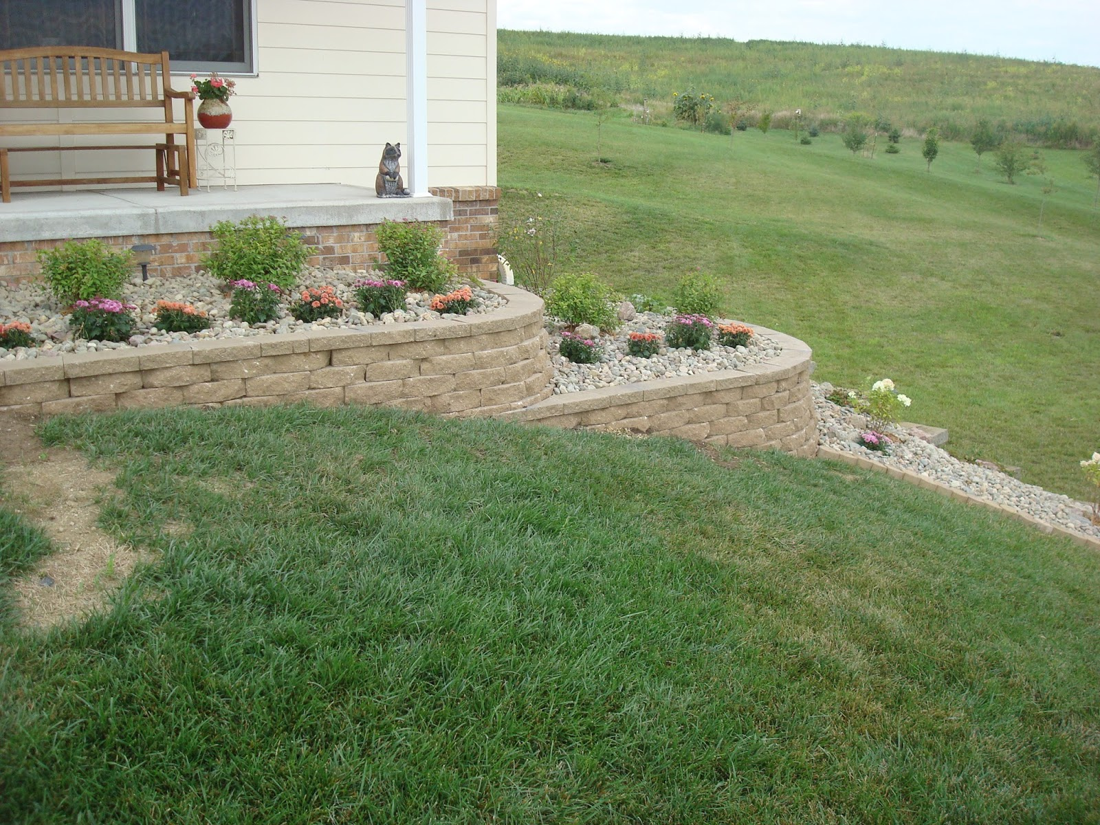 diy landscaping retaining wall design and ideas