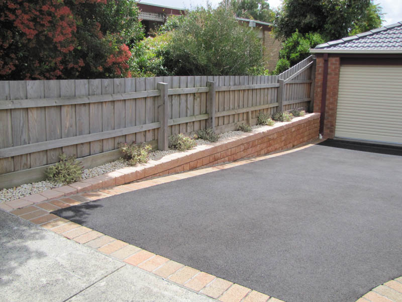 Driveway and landscaping melbourne design and ideas for Landscaping rocks melbourne