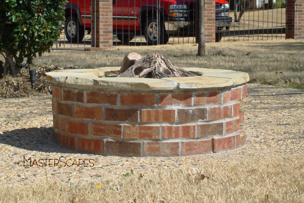 fire pit brick design  photo - 3