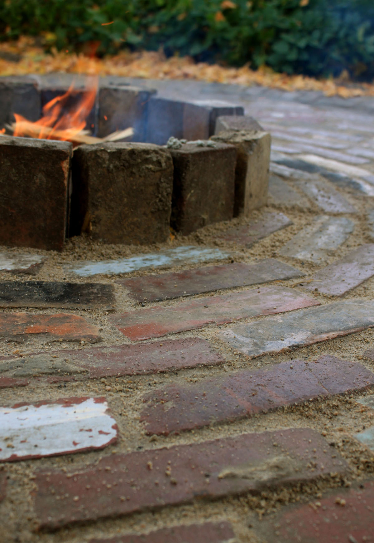fire pit brick design  photo - 2