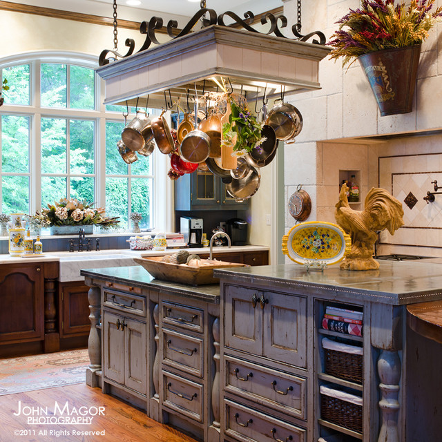 French country kitchen Pots & Pans     photo - 2