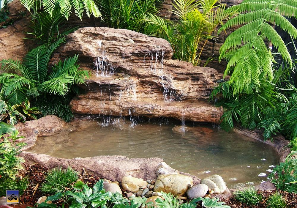 Ponds lovely indoor ponds and waterfalls for your home for Pond waterfall kit