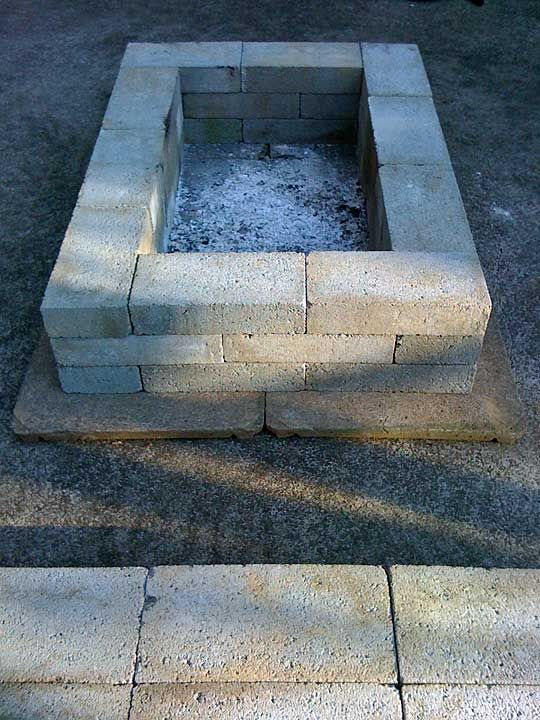 Cinder block fire pit for outdoor design and ideas for How to build a fire pit with concrete blocks