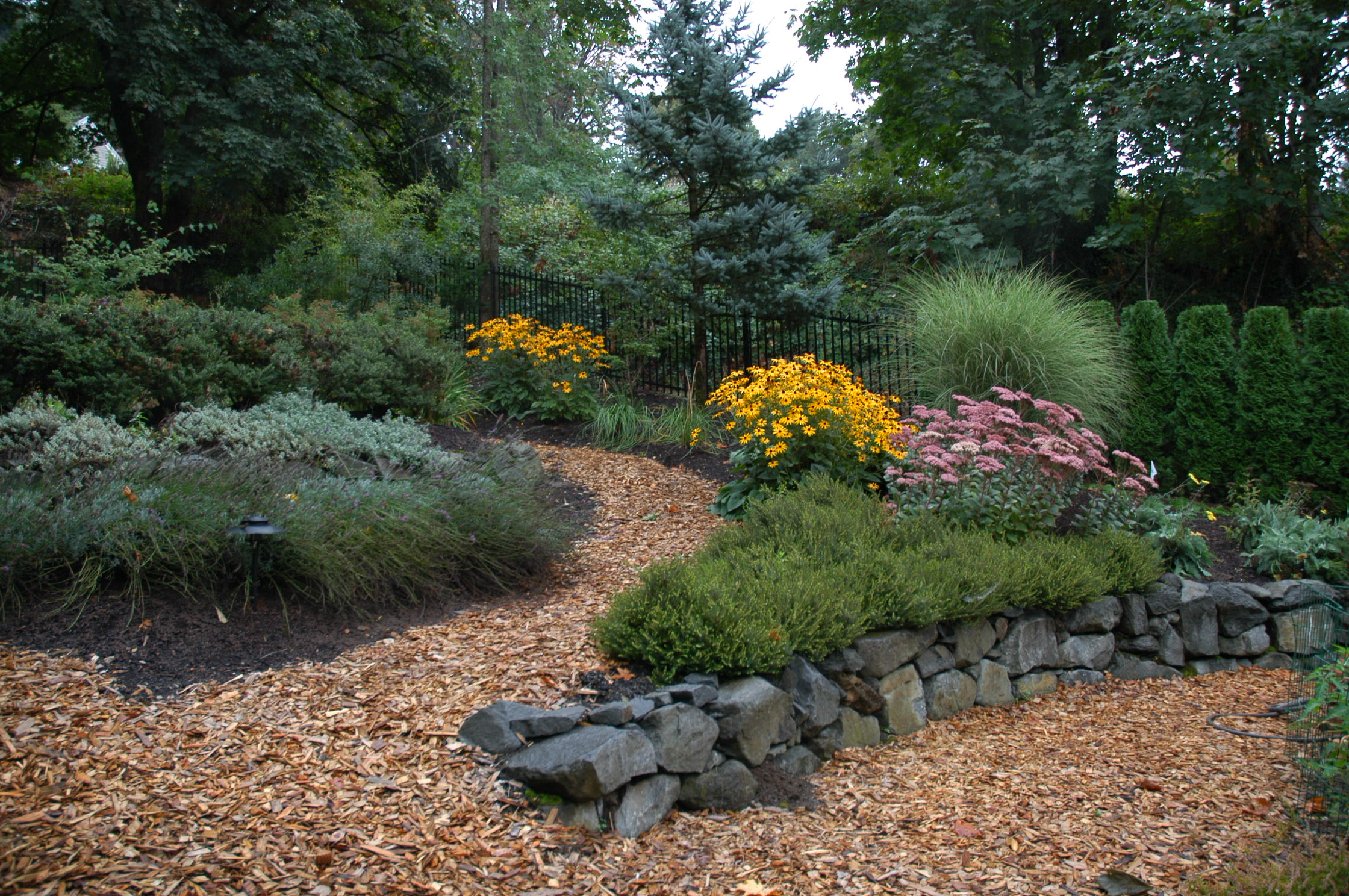 Awesome Maintenance Free Landscaping Ideas