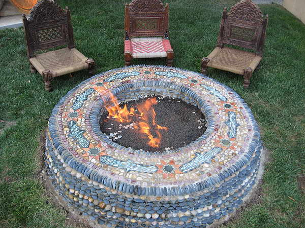 in ground fire pit with seating