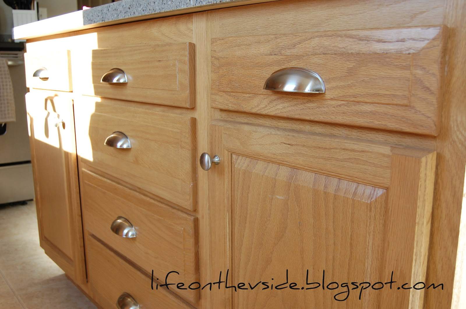 Kitchen Cabinet Knobs & Pulls