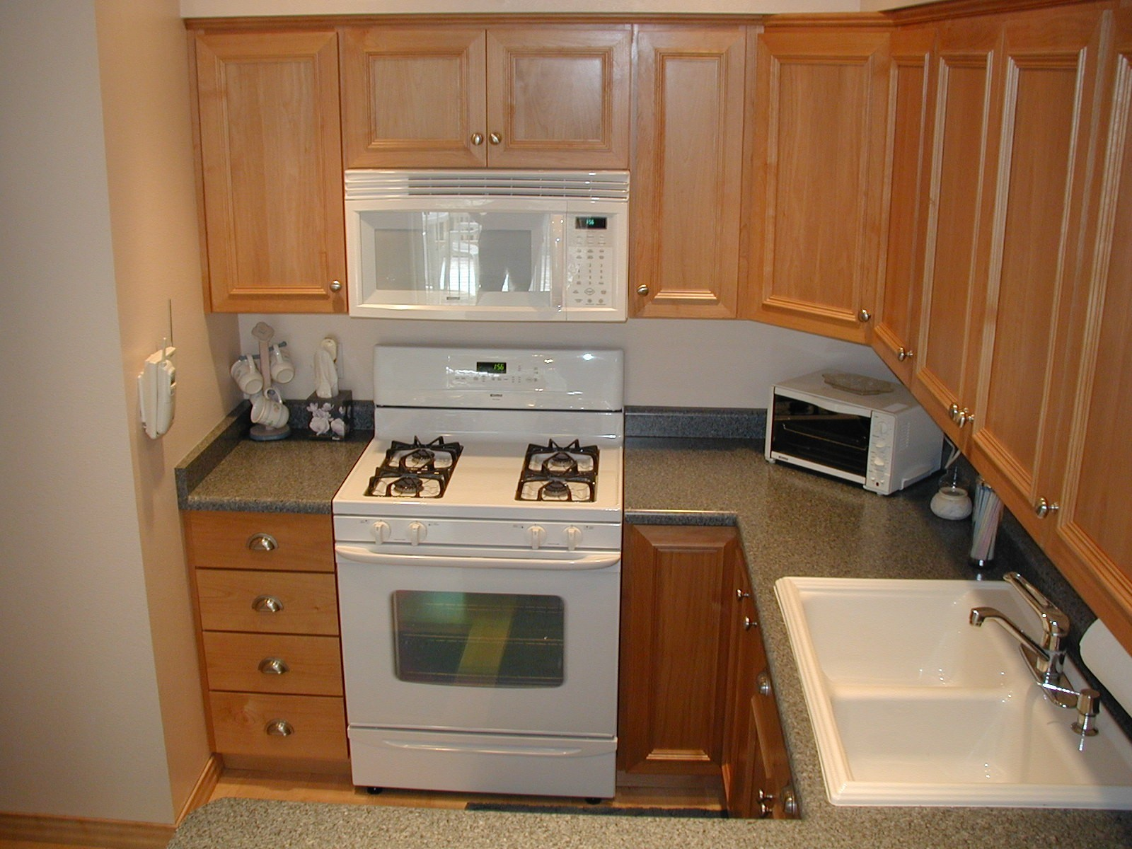 Kitchen Cabinets Parts - Kitchen cabinet parts door