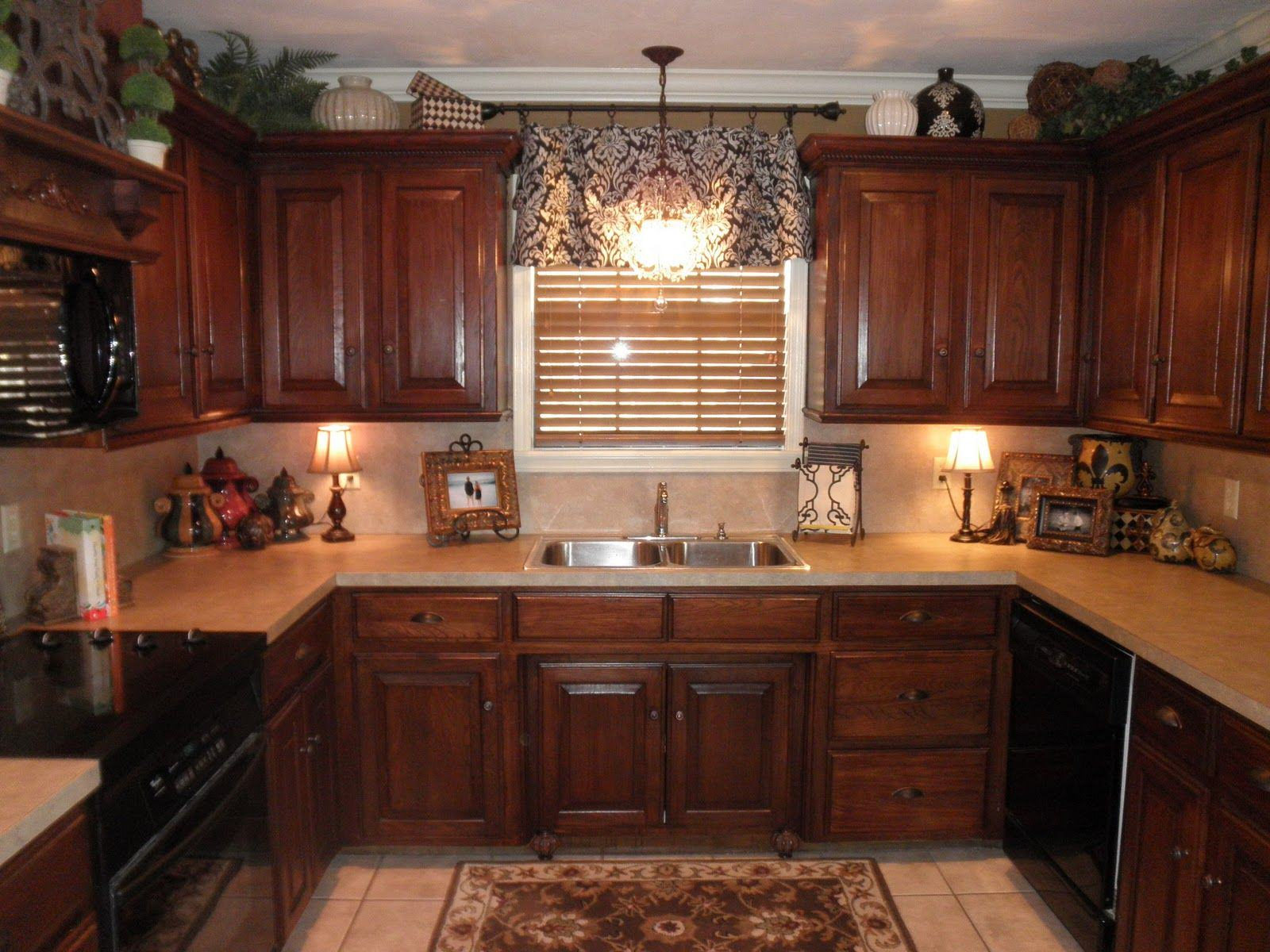 kitchen cabinet type Crown molding