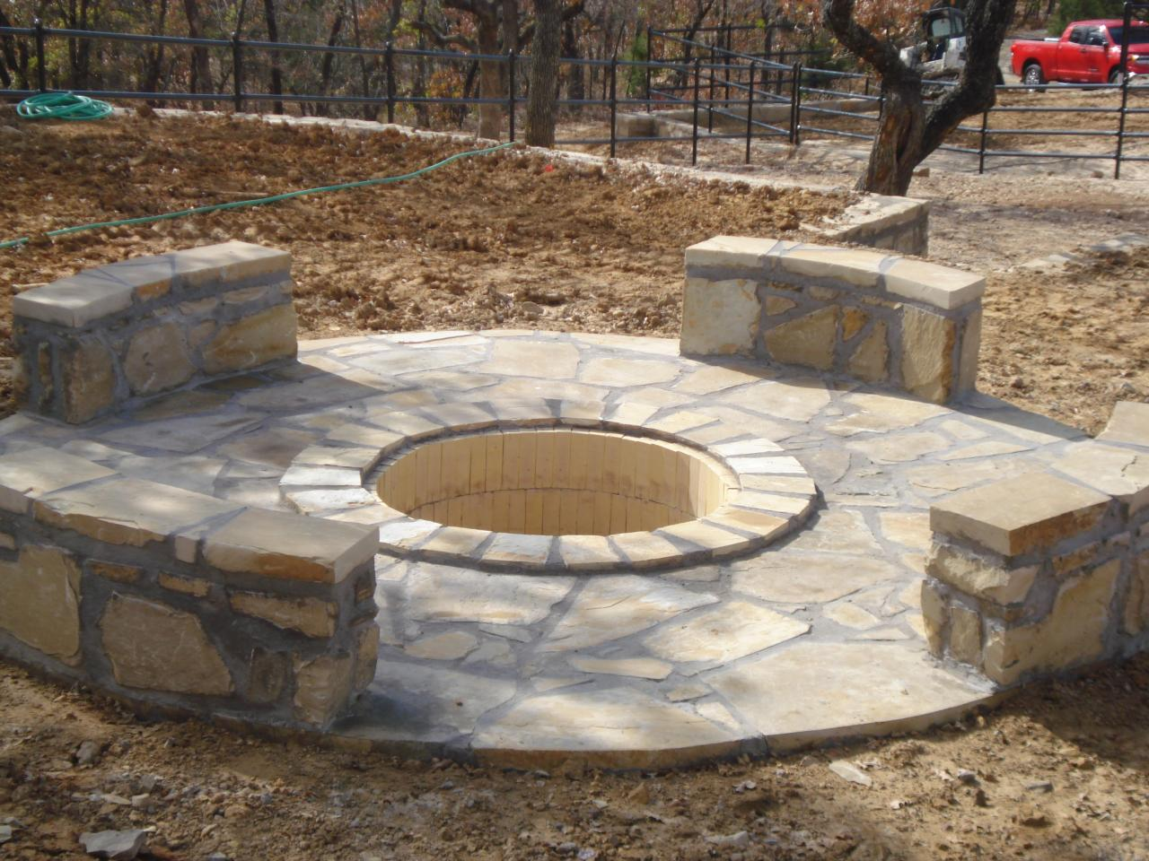 Large fire pit plans design and ideas for Big fire pit