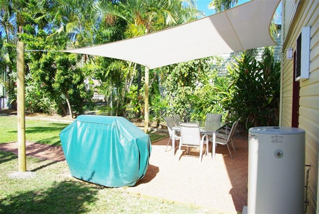 outdoor patio shade cloth
