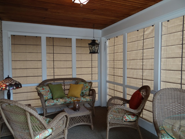Screened in patio under deck design and ideas for Screen porch window treatments