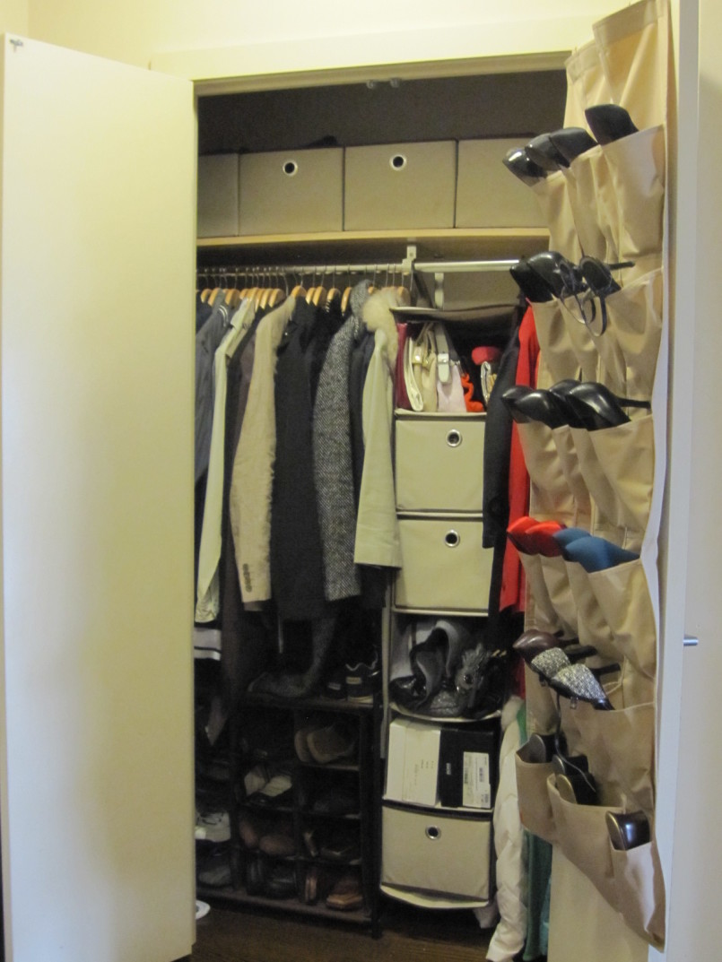 shoe storage ideas small closet  photo - 2
