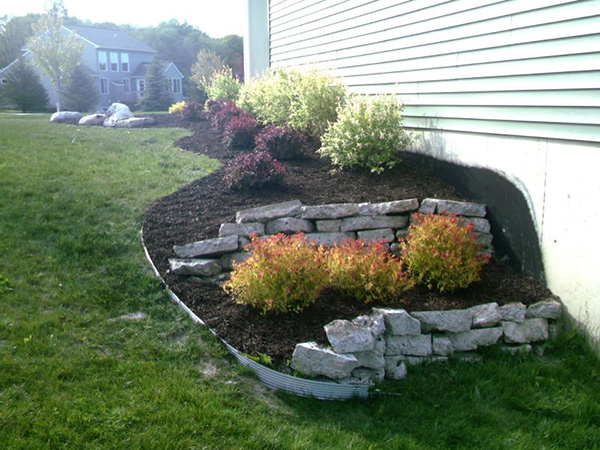 Simple landscaping ideas with low maintenance design and for Simple low maintenance gardens