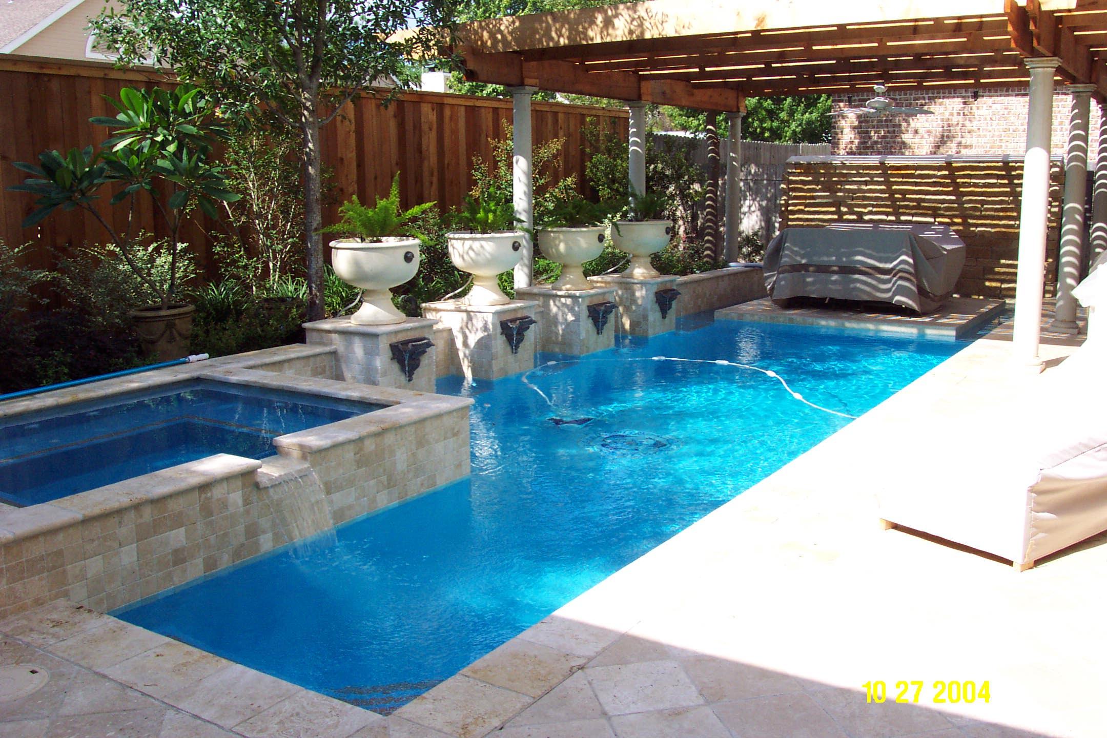Small Backyard Fiberglass Pools Design And Ideas