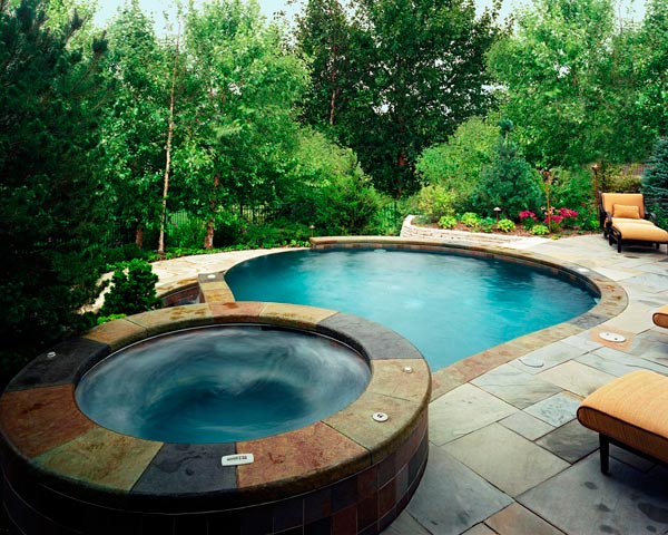 small backyard pools and spas  photo - 3