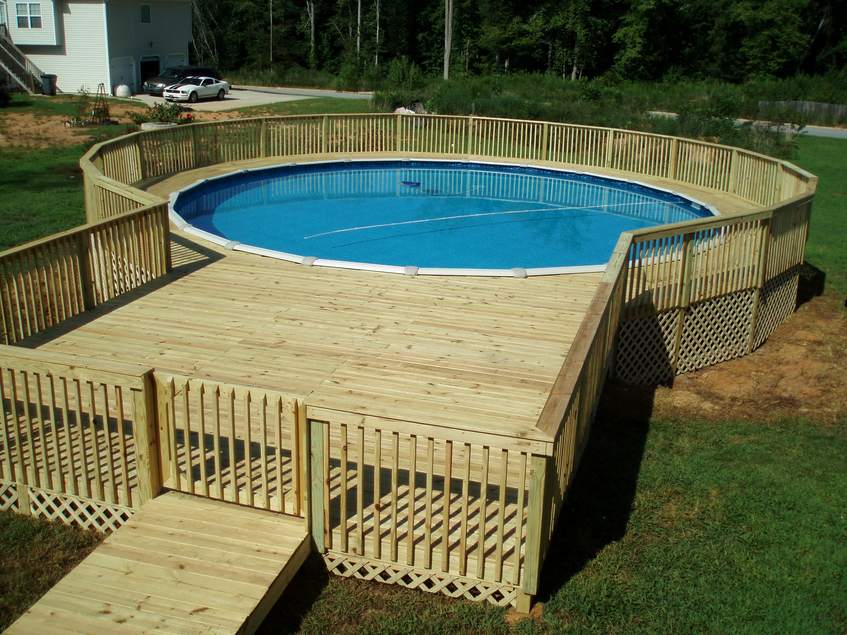 Small Backyard Pools for Refreshing View  photo - 2