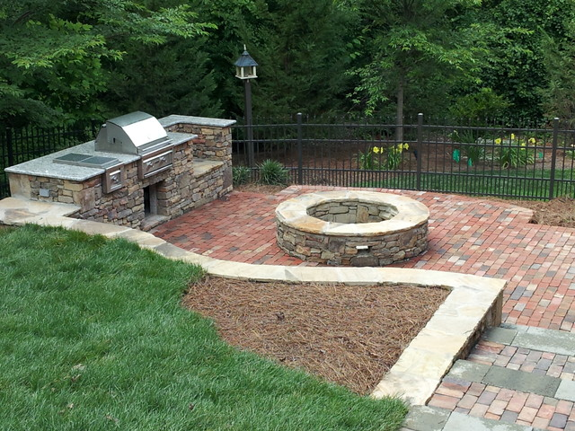 stone fire pit and grill  photo - 2