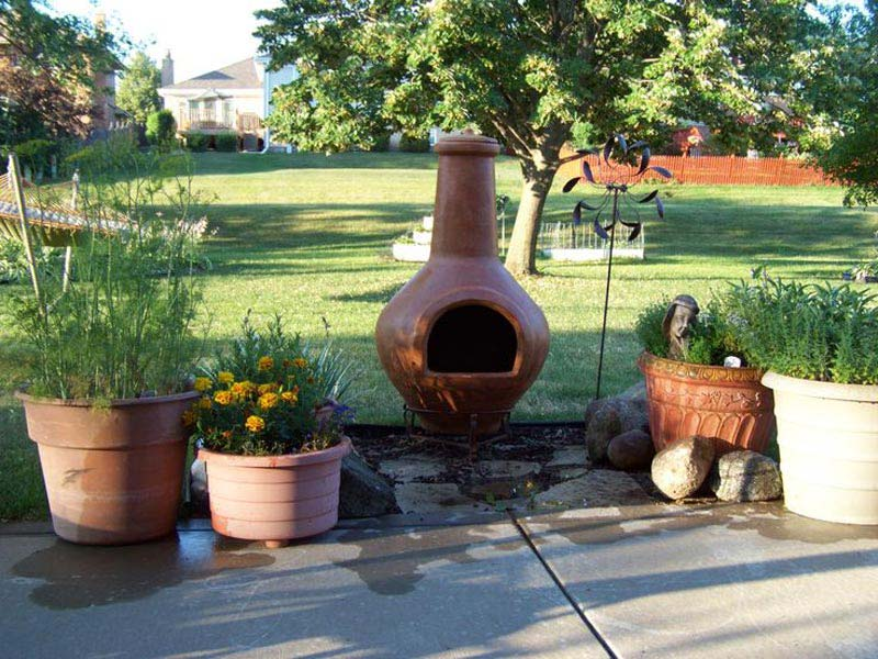 Terracotta chiminea fire pit design and ideas for Terracotta chiminea