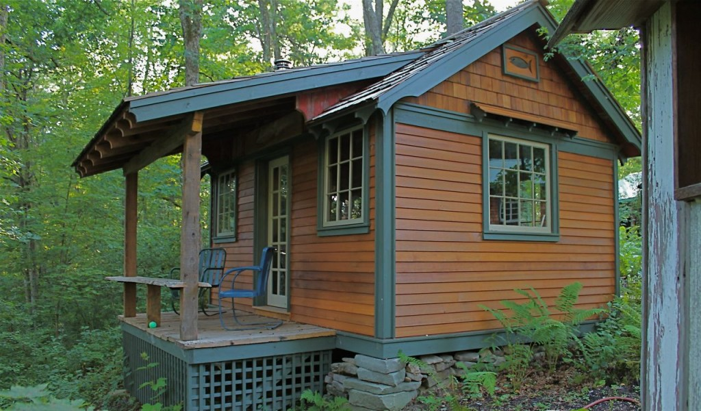 tiny houses and cabins  photo - 3