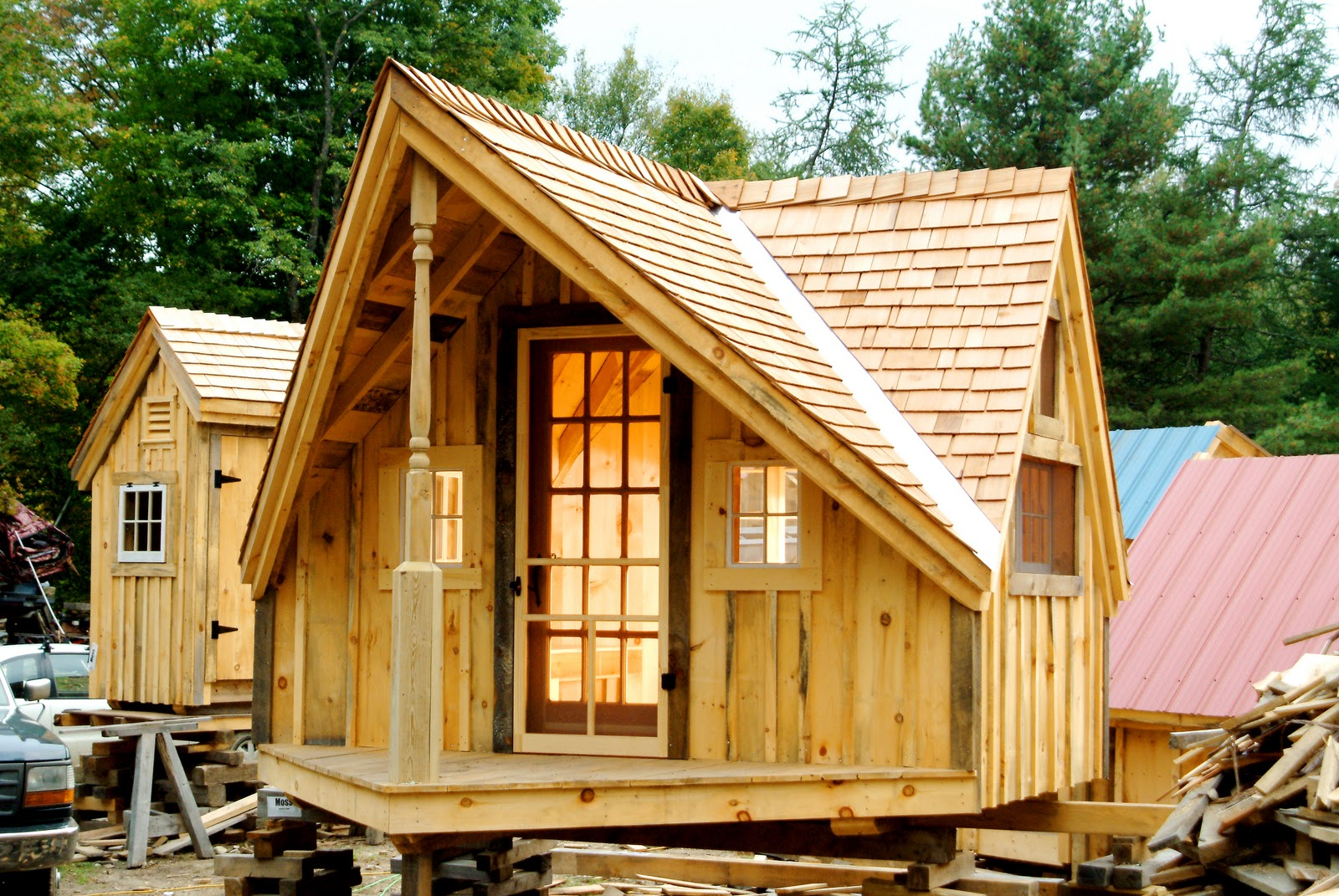 tiny houses and cabins  photo - 1