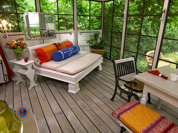 Tips for Screened in Patio Living Room