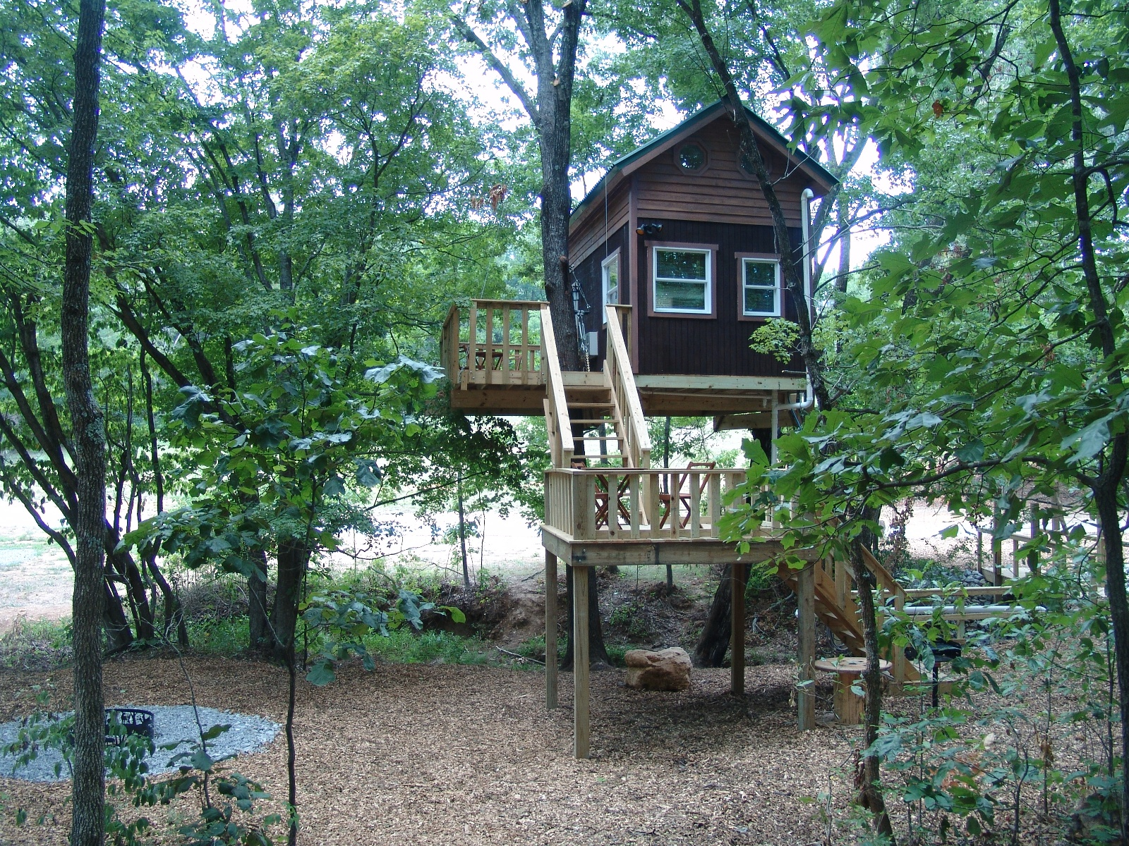 treehouse cabins illinois