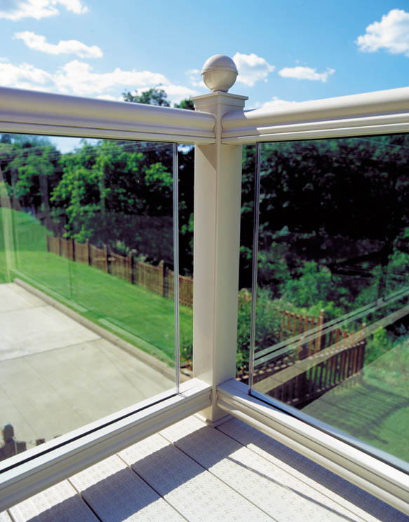 vinyl and glass deck railing