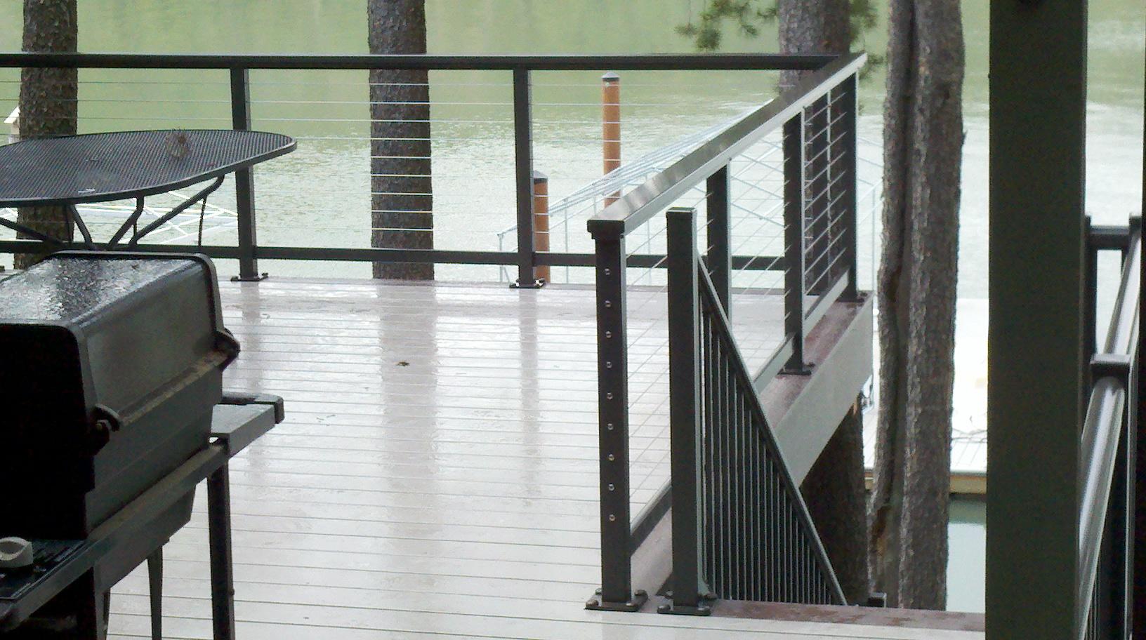 Balcony railing design french balcony modern balcony handrail ideas - Build Hog Wire Deck Railing 187 Design And Ideas